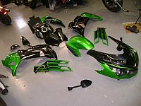 Fairing kit removed from brand new 2017 ZX14R DSC01944